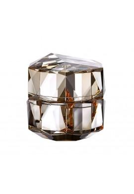 Shiseido Cle De Peau Beaute La Creme Unlock The Power of Your Radiance