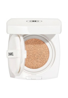 Chanel Le Blanc Cushion Brightening Gentle Touch Foundation SPF30 PA+++